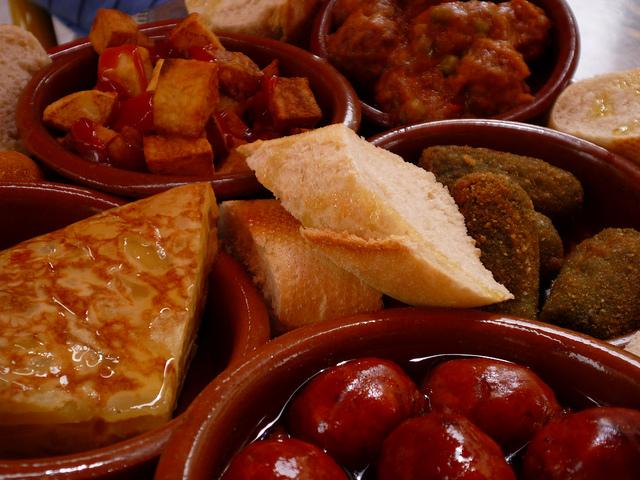Quick facts spanish dinning
